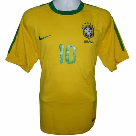 2010-2011 Brazil Home Football Shirt #10 Kaka Nike Large (Very Good Condition)